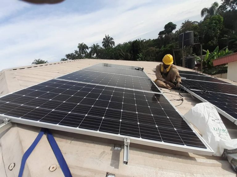 7 THINGS TO CONSIDER BEFORE GOING SOLAR